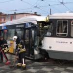 ongeval bus tram